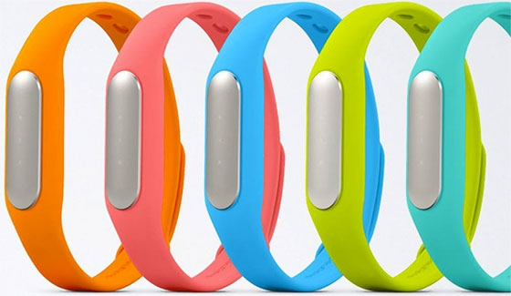 "За 100 дней Xiaomi продала 1 млн фитнес-трекеров Mi Band"""