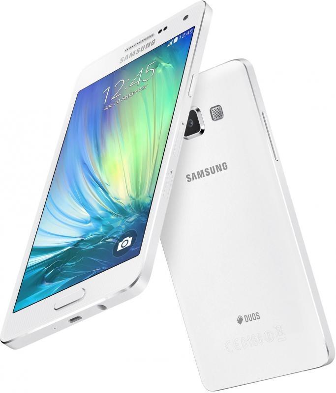 Цельнометаллический смартфон Samsung Galaxy A5 начал продаваться в России
