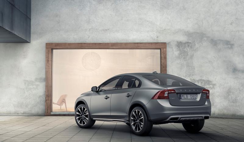 Volvo представила оригинальный кросс-седан S60 Cross Country Компания Volvo...