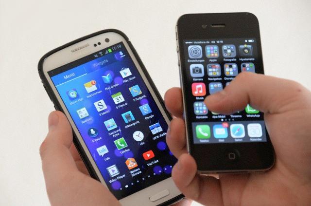 Apple и Samsung равны по количеству продаж смартфонов