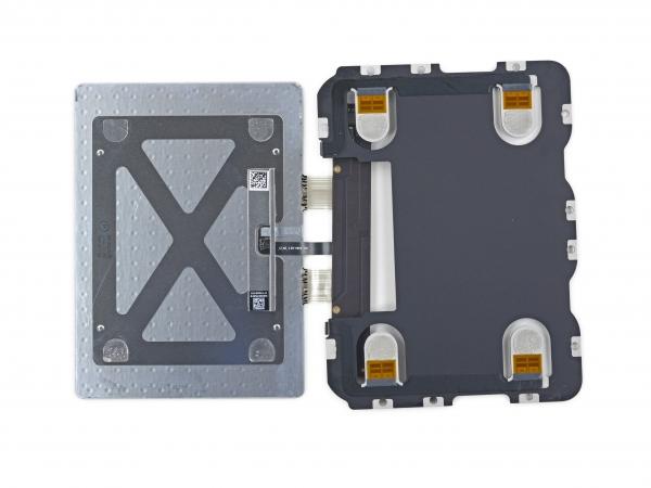 Сенсорная панель с датчиками давления (фото iFixit)