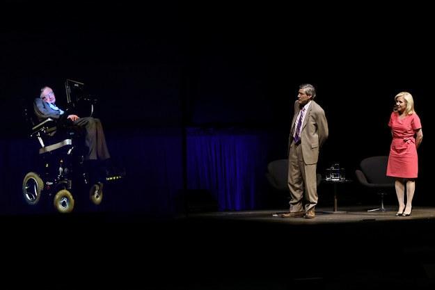 Стивен Хокинг: «Человечество не переживёт очередную тысячу лет»