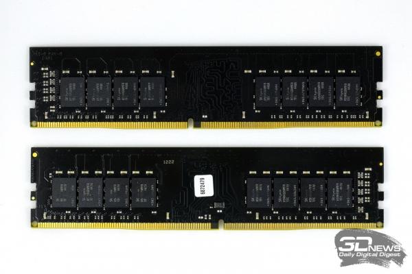 Модули Kingston HyperX Fury DDR4 со снятым радиатором