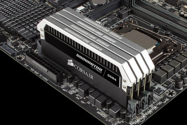 Модули памяти Corsair Dominator DDR4