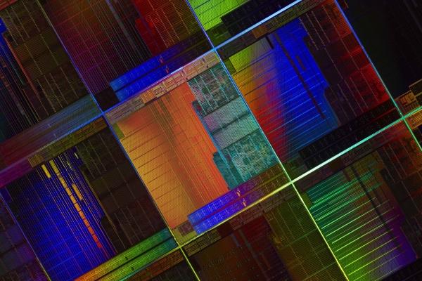 Микросхемы AMD Kaveri на кремниевой подложке