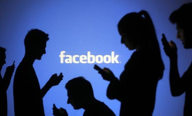 Фейсбук дополняет помощь GIF