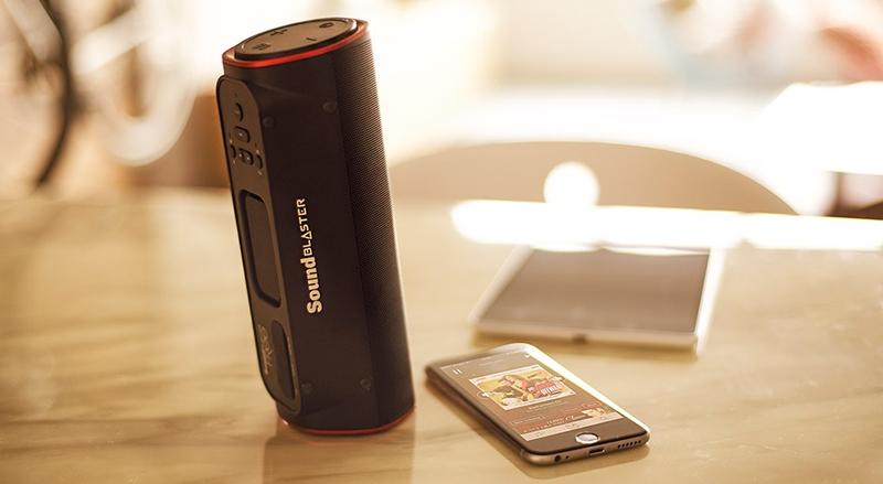 "Creative Sound Blaster FRee: портативный Bluetooth-динамик на все случаи жизни"""