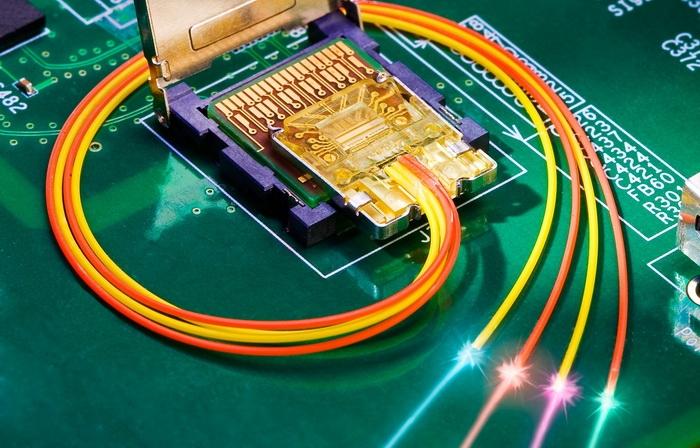 Будущие версии PCI Express станут оптическими