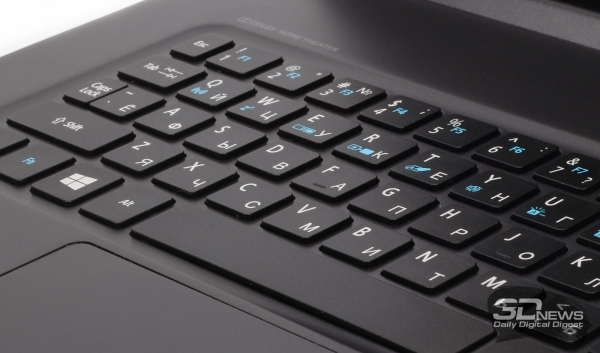 The keyboard &quot;height =&quot; 353 &quot;width =&quot; 600 &quot;/&gt; </a></p> </div> <p> The keyboard of the Acer Aspire R13, so to speak, is traditional for the Acer ultrabooks. Flat keys 16 × 14 mm in size have the smallest possible height and a large enough space between each other (at least 3 mm), which allows you not to miss a key when printing blindly. Another question is the layout. To her, we had arose (and <a href=