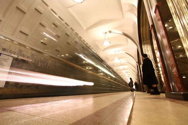 Единая сотовая сеть в московском метро пока не появится
