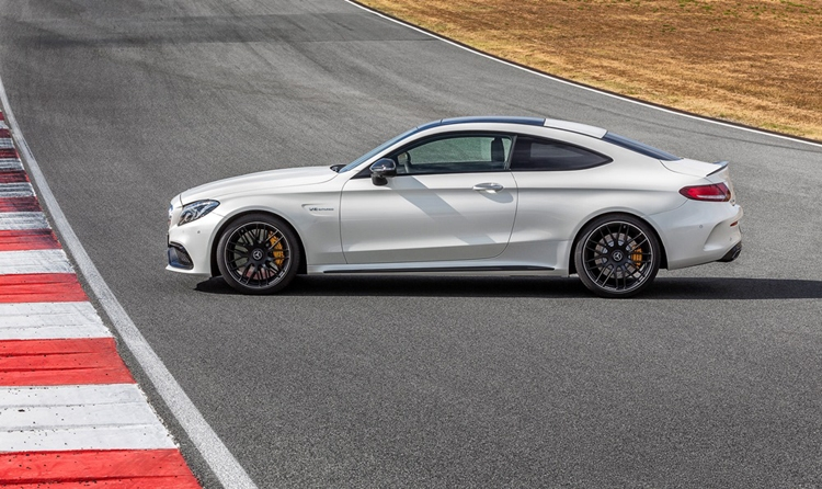Mercedes-AMG C 63 Coupé: разгон с 0 до 100 км