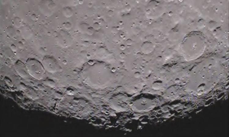 Китай отправит зонд на обратную сторону Луны