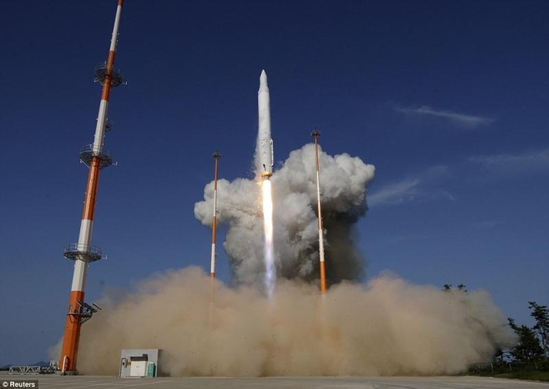 Первый пуск ракеты-носителя KSLV-1 (Naro-1) был неудачным. Фото Reuters