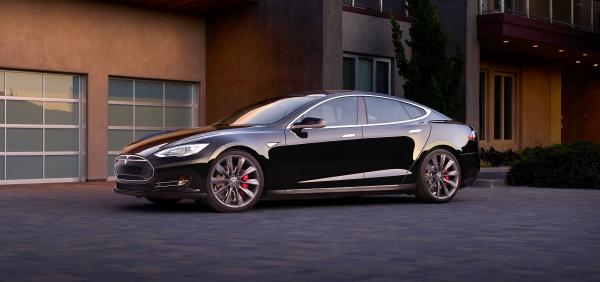 "Сотрудники Tesla уходят в «Project Titan» компании Apple"""