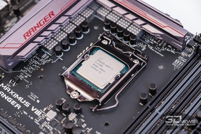После замены внутреннего термоинтерфейса мы собираем процессор обратно