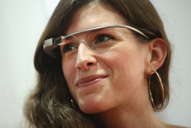 Google добавит очкам Google Glass поддержку голограмм