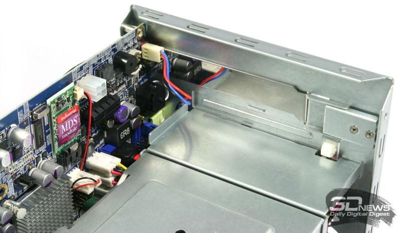 Свободный объём для установки карта расширения PCI Express x1