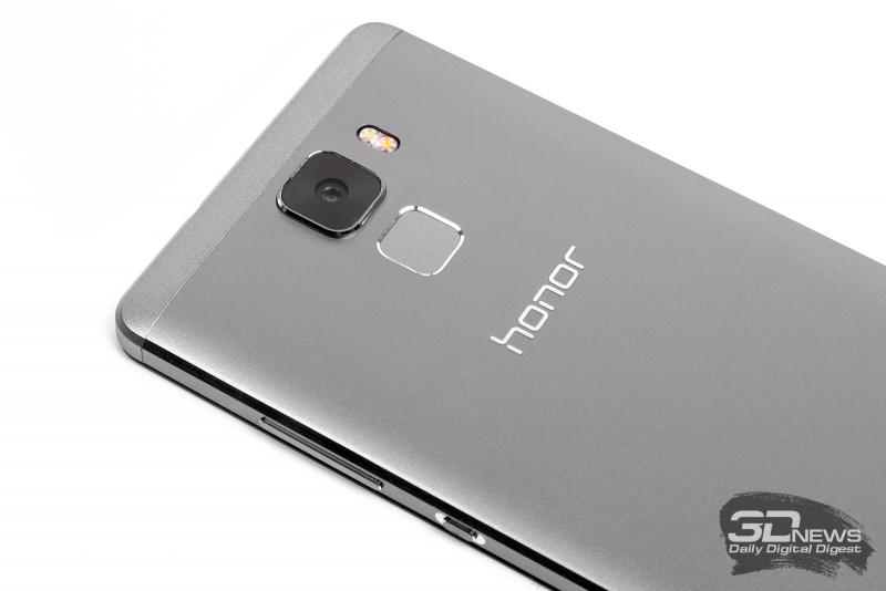 Huawei Honor 7 � ������ ���������� �������
