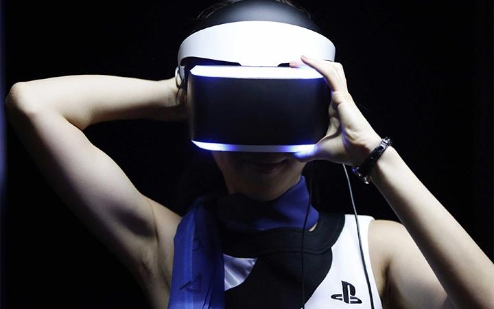 PlayStation VR. Фото www.techinsider.io