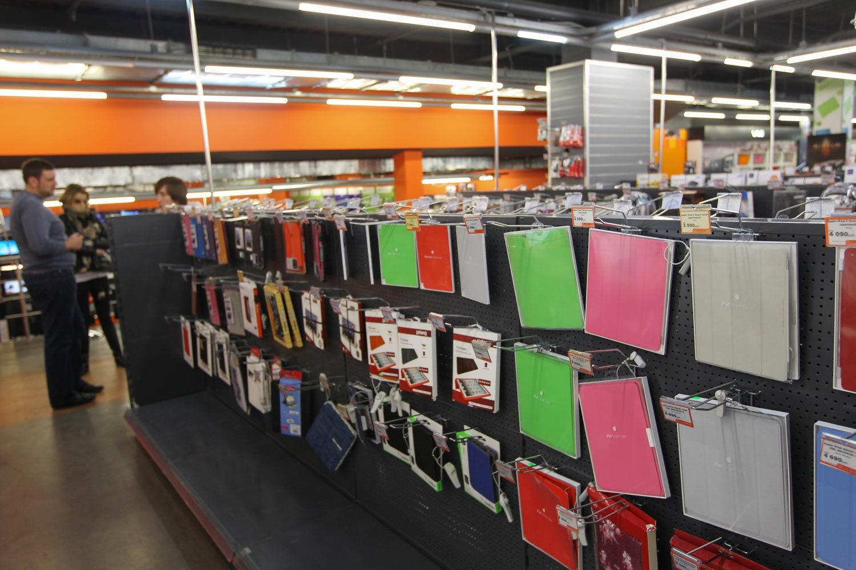 Продажа аксессуаров названа самым прибыльным бизнесом для сотовых ретейлеров