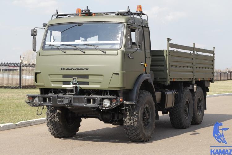 """Беспилотные грузовики будут тестировать на платной трассе М11 Москва–Санкт-Петербург"""""""