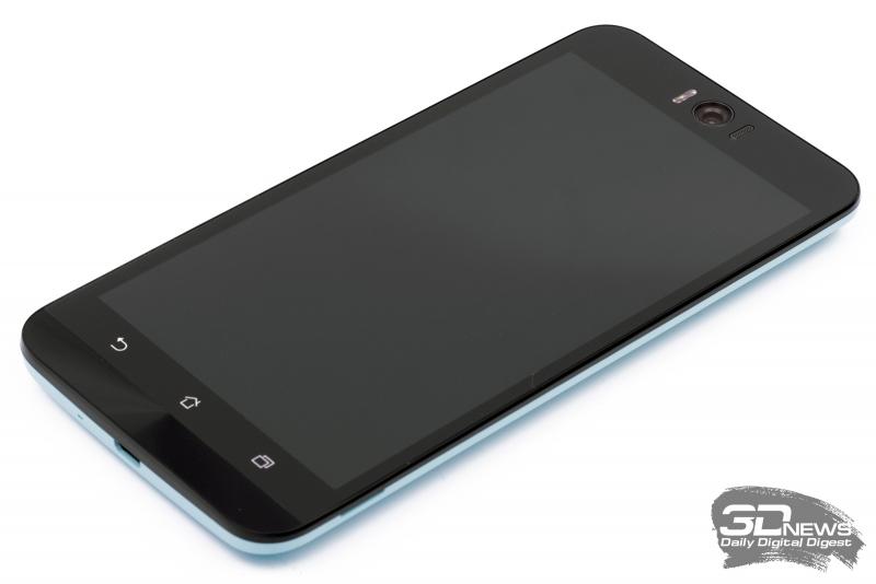 ASUS Zenfone Selfie – лицевая панель
