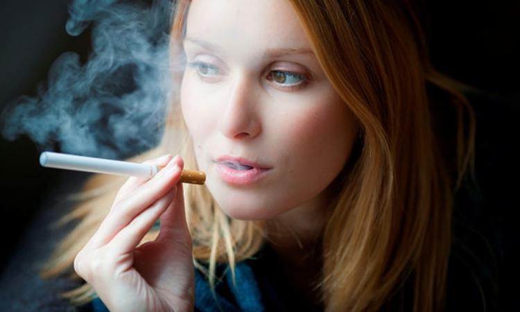Ученые выявили еще одну опасность электронных сигарет
