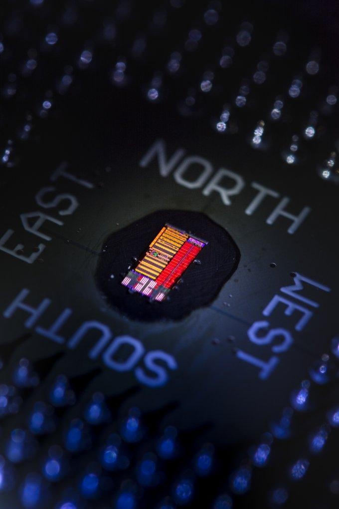 Cоздан первый рабочий прототип электронно-оптического процессора