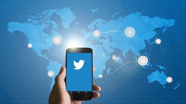 Twitter может превратить сообщения пользователей в рекламу