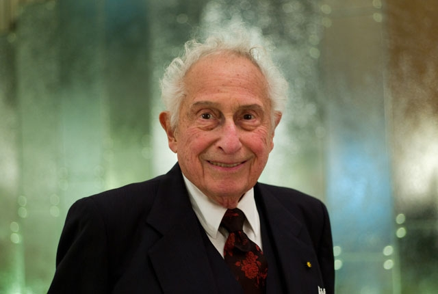 Изобретатель PCM-эффекта Стэнфорд Овшинский (24.11.1922 - 17.10.2012)