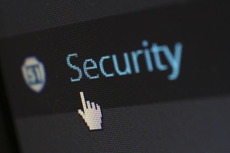 sm.security-265130_1920.750.jpg