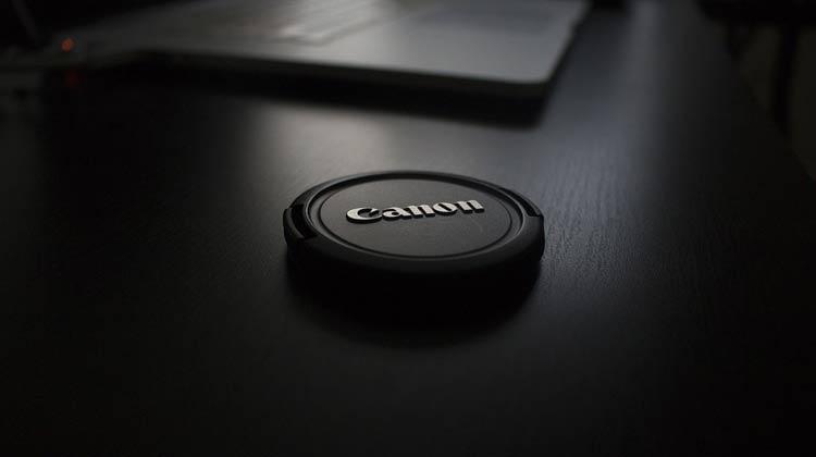 Canon готовит беззеркальный фотоаппарат с поддержкой 4K-видео