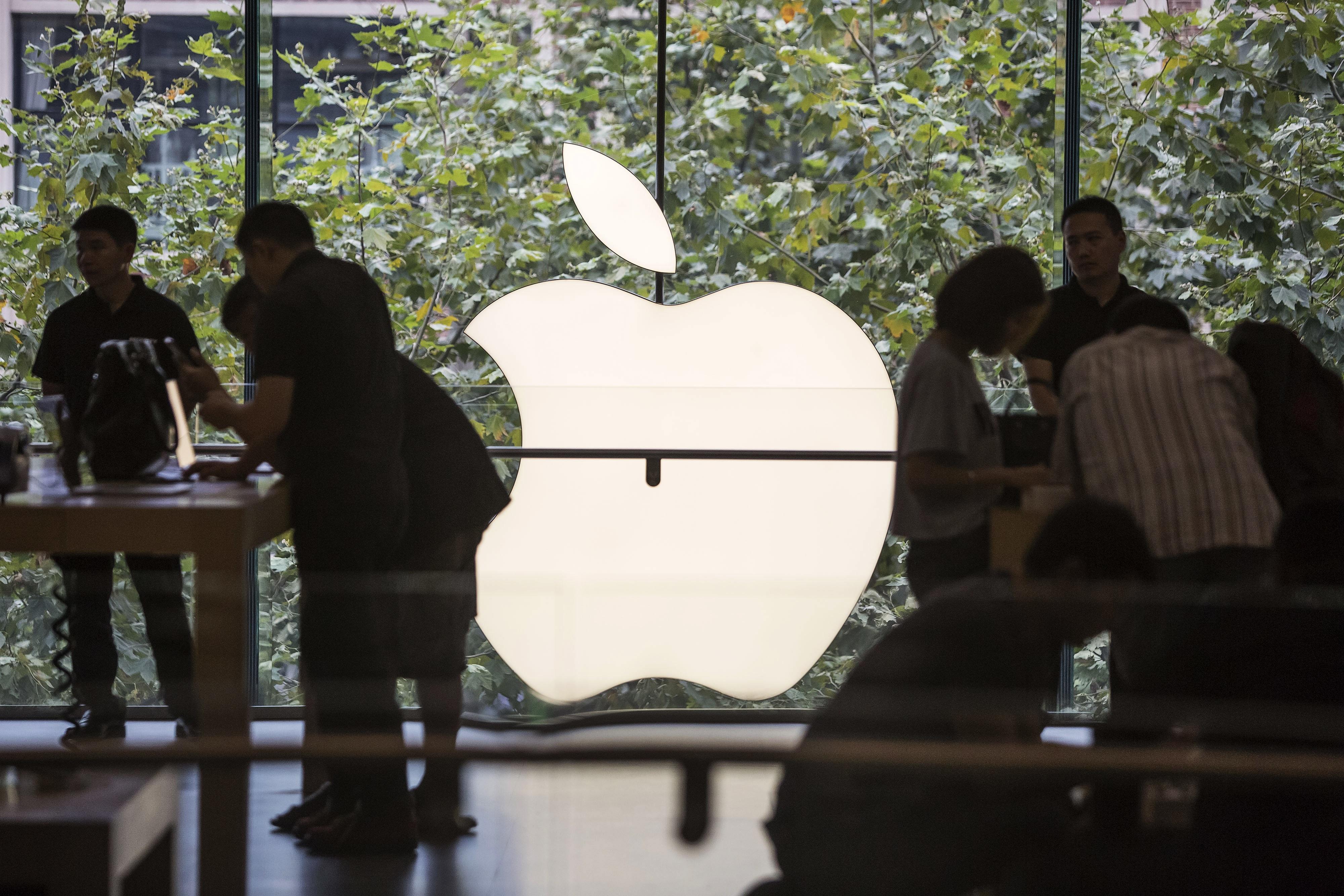 apple шестой подряд признана самым дорогим брендом