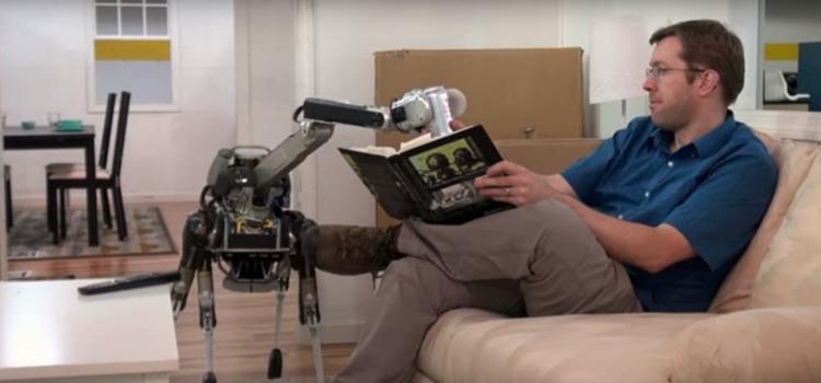 """Видео дня: четвероногий робот Boston Dynamics SpotMini с головой-манипулятором"""""""