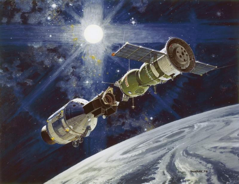 Экспериментальный полёт Apollo – «Союз». Для стыковки использовался корабль модификации 7К-ТМ. Картина художника Роберта Маккола
