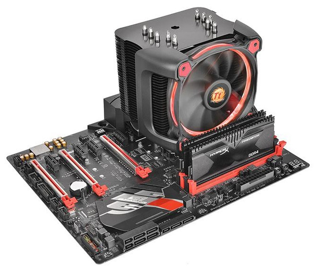 Кулер Thermaltake Riing Silent 12 Pro Red
