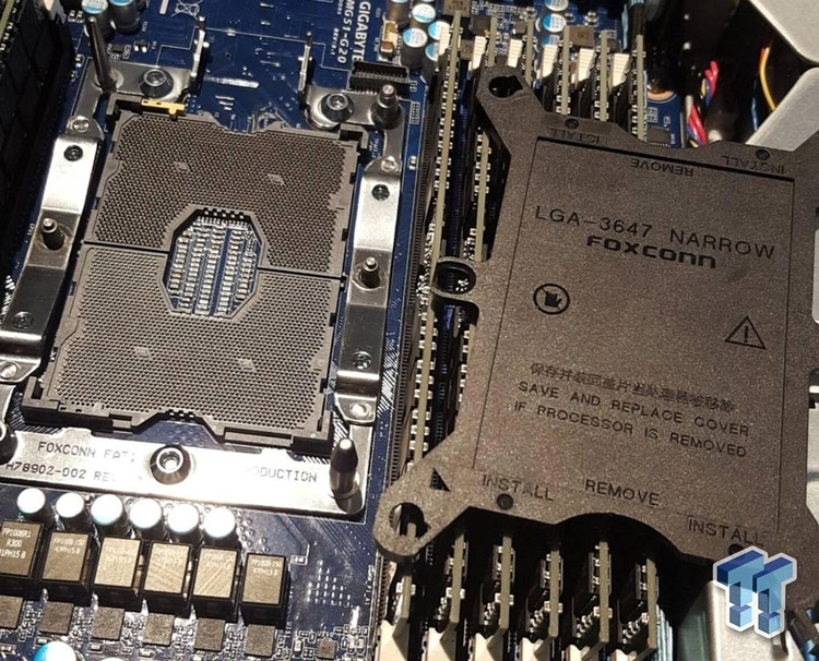 Intel LGA3647 (Socket P)