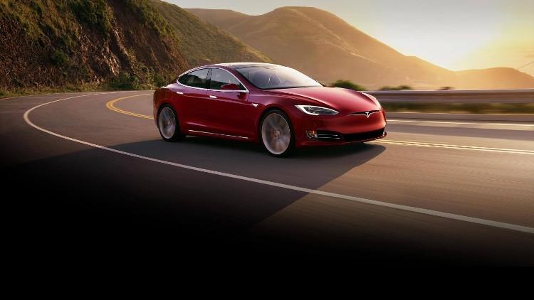 Tesla вышла на прибыльность и заявила о рекордных объёмах производства