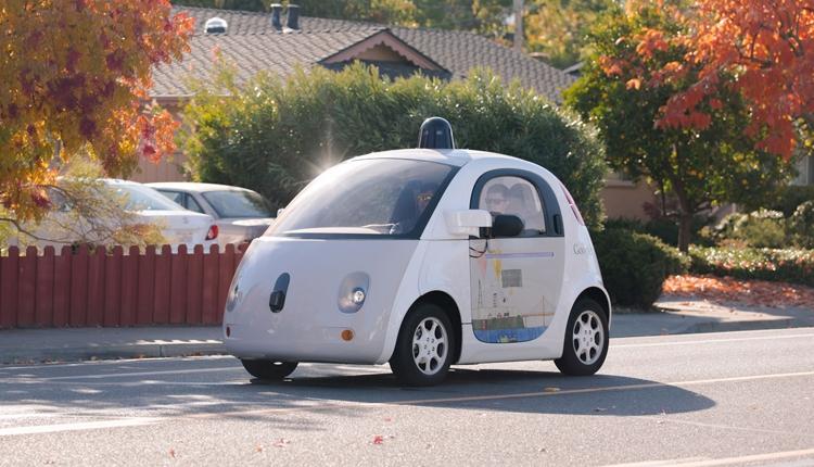 Родительская компания Google выделит проект робомобилей в самостоятельный бизнес