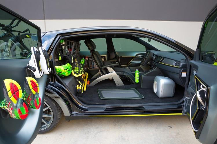 Квартет уникальных концепт-каров KIA с системой автопилотирования