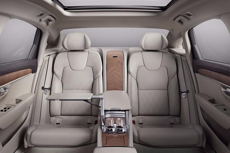 """Volvo S90 Excellence: самый роскошный седан шведского автопроизводителя"""""""