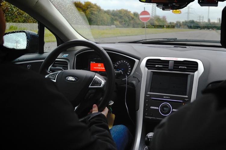 Ford рассказала об автомобильных системах безопасности следующего поколения