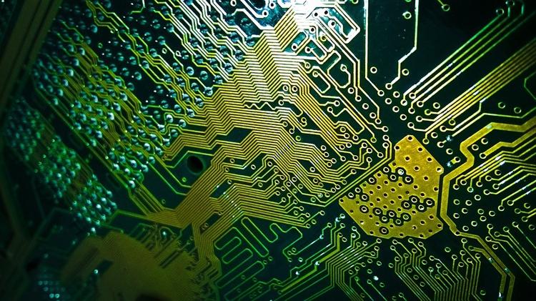 «Росэлектроника» изучает возможность производства микрочипов совместно с Китаем