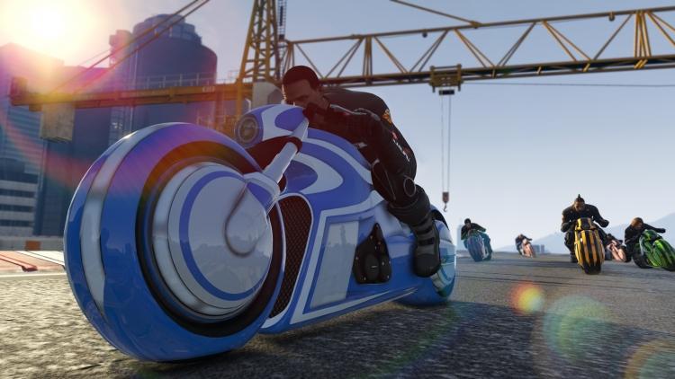 В GTA Online появился мотоцикл в стиле TRON и новый гоночный режим