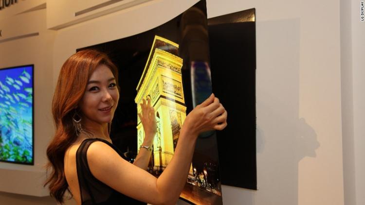 Сверхтонкий телевизор LG Wallpaper OLED TV выйдет в 2017 году