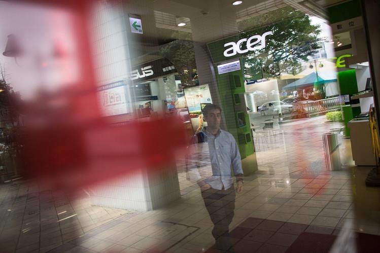 Чистая прибыль Acer подскочила на треть