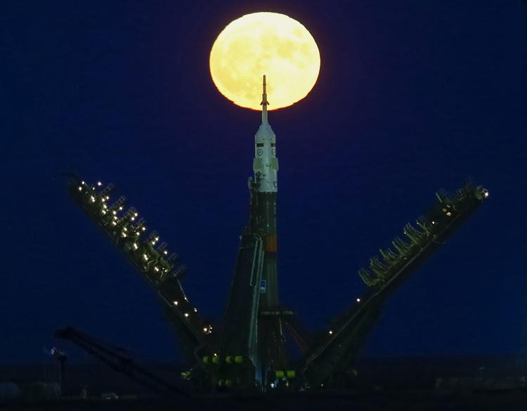 Российские космонавты могут высадиться на Луну в 2031 году