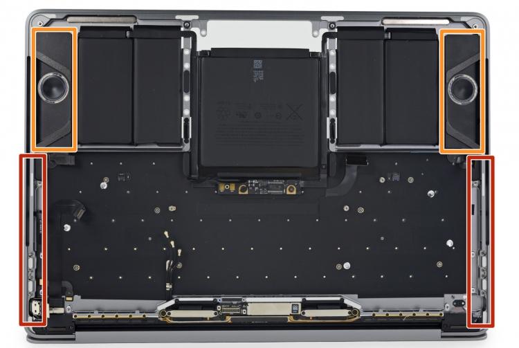 """Разборка MacBook Pro 13"""" с Touch Bar: бутафорские решётки динамиков и несъёмный SSD"""
