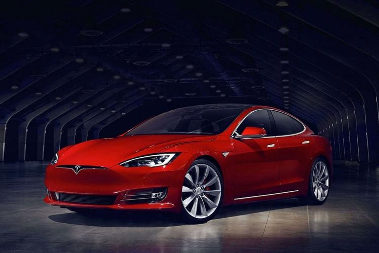 Tesla раскрывает потенциал Model S: разгон с 0 до 100 км/ч менее чем за 2,5 секунды