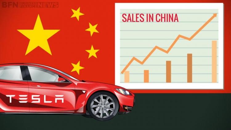 Tesla выпустит новый адаптер для электромобилей с поддержкой китайского стандарта зарядки